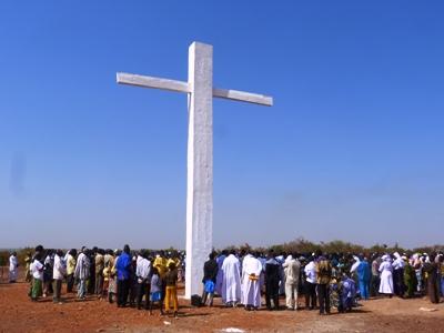 La paroisse de Toma sous la protection de la croix du Christ