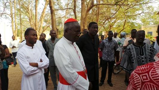 La gratitude du cardinal Philippe aux media Burkinabè