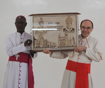Visite du Cardinal Philippe BARBARIN à Koupéla