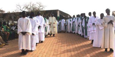 Début de la procession pelé 2016 à YAGMA