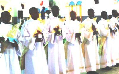 Les sept diacres en attente d'ordination