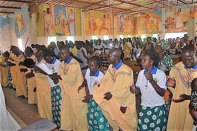 Messe de clôture de l'année au CFC Saint Luc de Tougouri