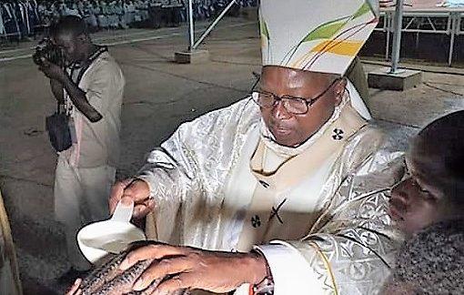 Vigile pascale : 165 baptêmes à la Cathédrale Ouagadougou