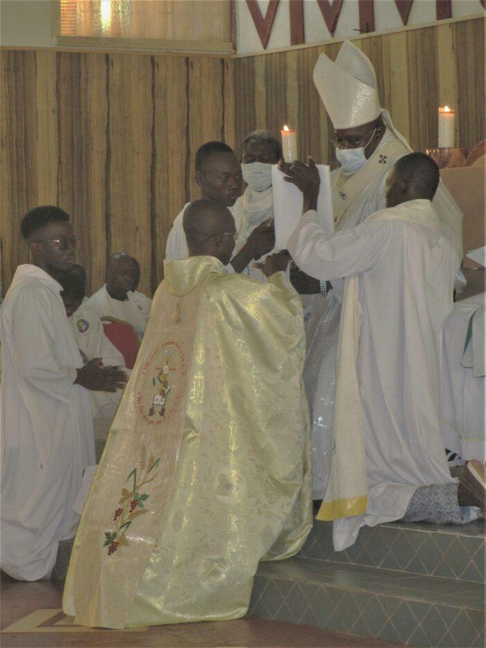 Samedi 03 Juillet 2021 Ordination presbytérale dans L'Archidiocèse de Bobo-Dioulasso