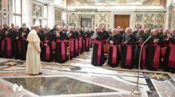 Formation des nonces : l'expérience missionnaire, pour sa conversion  Réflexion de Mgr Marino sur la lettre du pape François