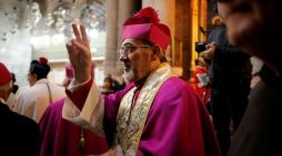 Mgr Pizzaballa : «En quarantaine, j'ai redécouvert la prière»