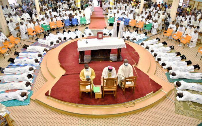 31 diacres ordonnés par Mgr Modeste Kambou au grand séminaire Saint Jean-Baptiste